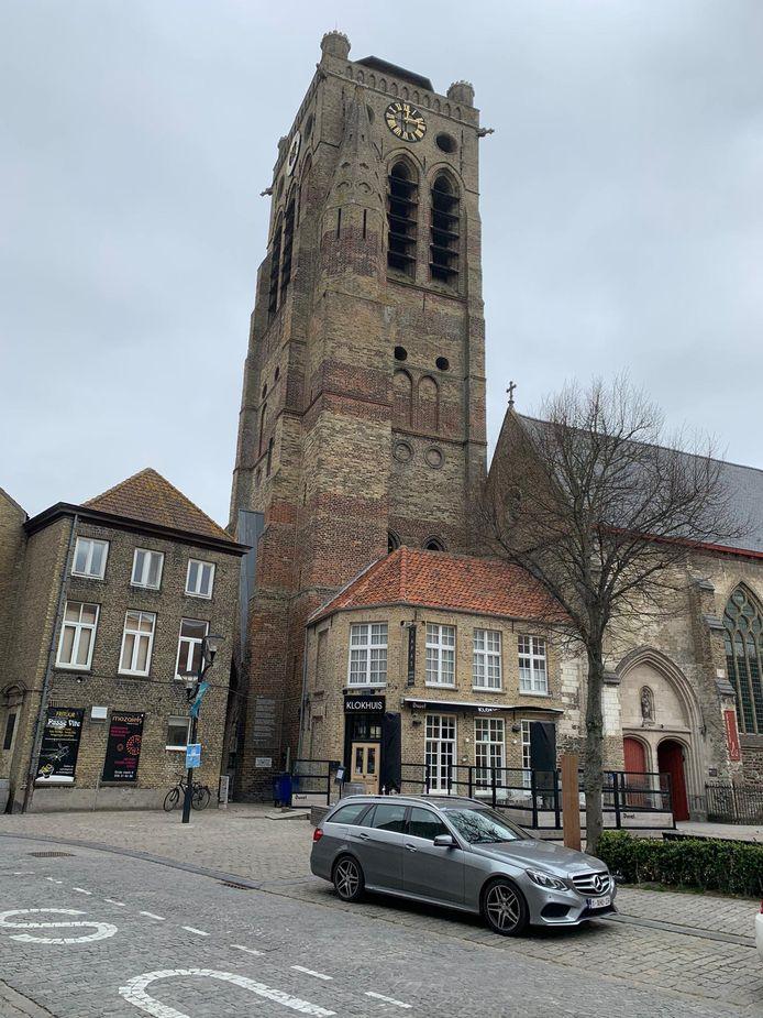 De Sint-Niklaastoren is toegankelijk.