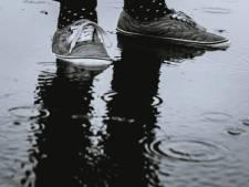 Kans op natte voeten: Vlaardingen verwacht vanmiddag hoogwater en sluit daarom kades af