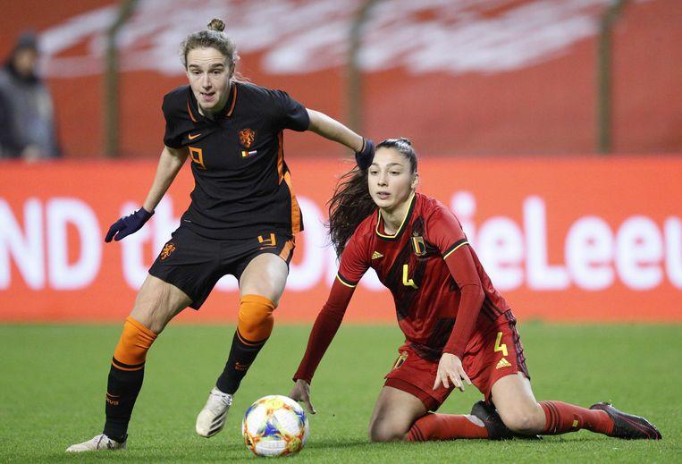 Vivianne Miedema in actie tijdens de oefenwedstrijd van afgelopen donderdag tegen België.  Beeld ANP