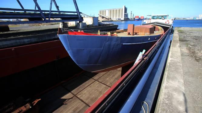 """Vlaanderen start procedure om gerestaureerd schip van Jacques Brel te beschermen als varend erfgoed: """"Ongelooflijk wat de redders van dit schip ervoor over hadden"""""""