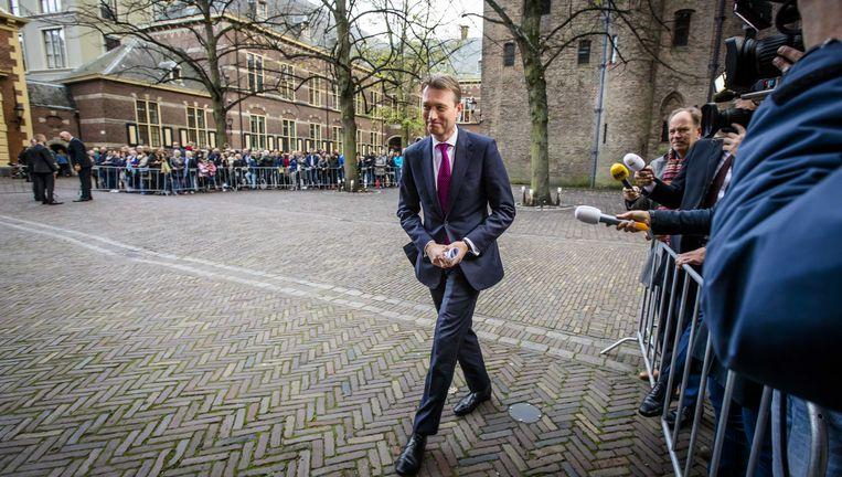 Minister van Buitenlandse Zaken Halbe Zijlstra op het Binnenhof. Beeld anp