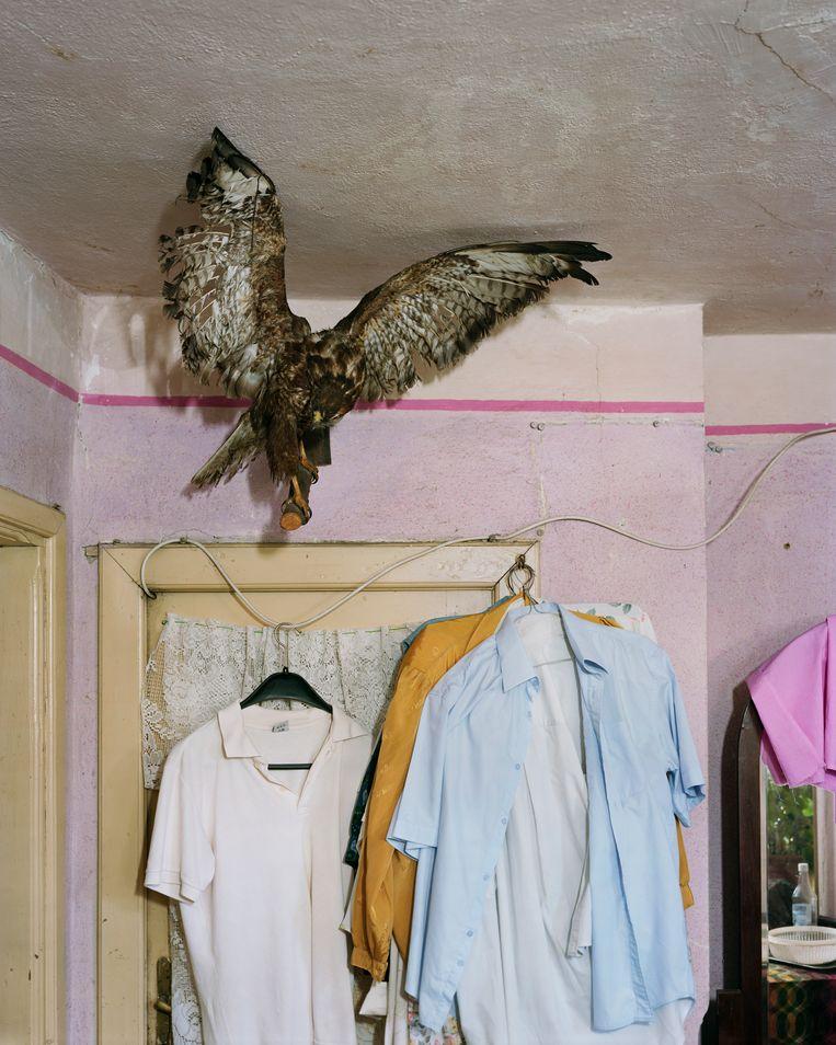 Chicran's Bedroom, Boekarest (2018). Beeld Alec Soth/Magnum Photos