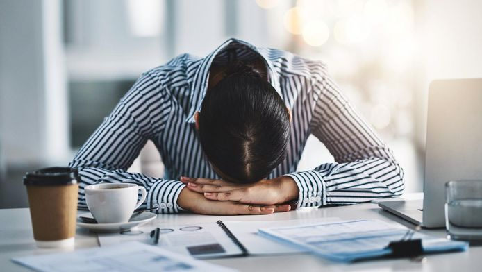 En Belgique, 130.000 travailleurs salariés et 5.600 indépendants sont confrontés à des affections mentales pendant plus d'une année.