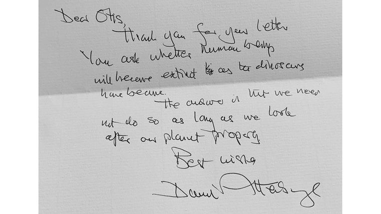 David Attenborough diende een jonge fan van repliek met een handgeschreven brief. Beeld RV