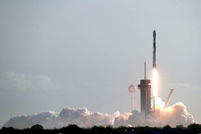 Archiefbeeld, lancering Starlink-satellieten vanaf Cape Canaveral.  Beeld AP