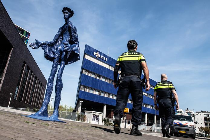 Het hoofdbureau van de politie in Nijmegen.