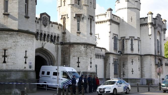 Gevangene dagvaardt Belgische staat