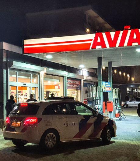 Politie lost waarschuwingsschot bij aanhouding na overval op tankstation