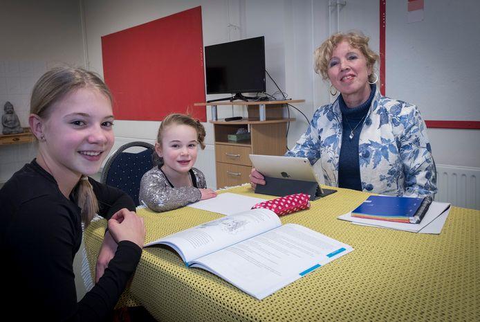 Jaqueline Janssen uit Malden vangt kinderen op in haar psychotherapiepraktijk: ,,Zo kunnen we ouders misschien ontlasten.''