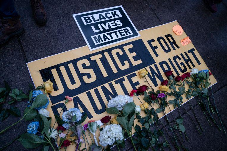 Kim Potter schoot Daunte Wright (20) dood toen hij zich verzette tegen zijn arrestatie. Beeld AP