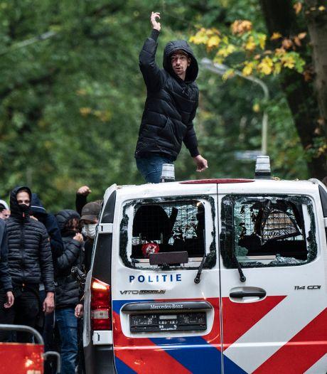 Politiechef na supportersgeweld NEC - Vitesse: 'Ze deden er alles aan om ons te verwonden'