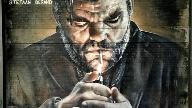 """Djoels brengt iconische foto van Stefaan Degand tot leven met metershoog graffitikunstwerk: """"Dit werk heeft me uit de put gehaald"""""""