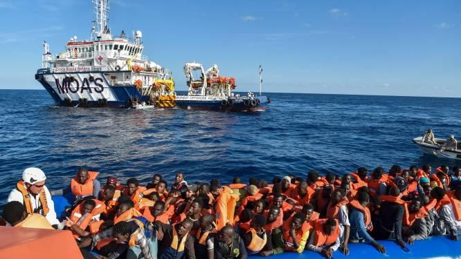 """Macron wil """"vanaf deze zomer"""" hotspots voor asielzoekers in Libië, maar """"nog niet mogelijk"""""""