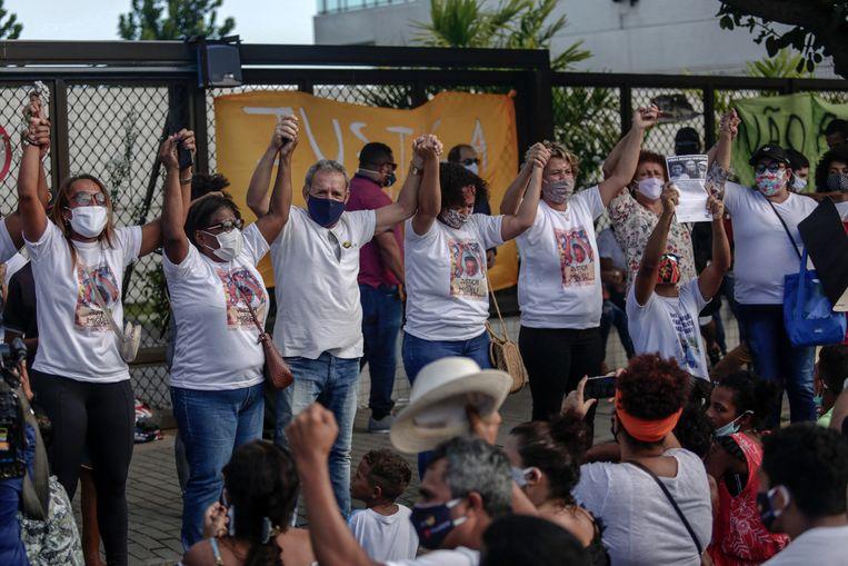 De dood van Miguel (5) was aanleiding voor een golf van protesten tegen racisme in Recife, Brazilië. Beeld Hollandse Hoogte / AFP