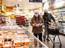 Drie supermarkten, drie ouderenuurtjes, nauwelijks meer dan drie klanten in de Heyhoef