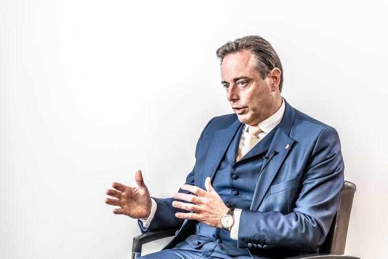 """Bart De Wever: """"Er komt  een moment dat alle solidariteit zal breken als we geen werk maken van gecontroleerde migratie. Dan belanden we ironisch genoeg voor links in een neoliberale samenleving."""""""