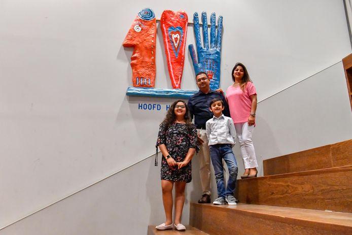 Het Indiase gezin Tyagi op basisschool De Startbaan in Meerhoven.