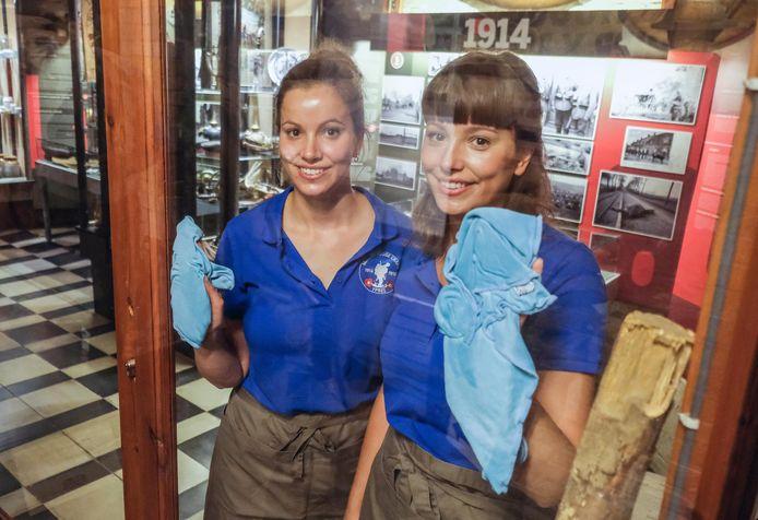 Ilona en Laura Vandenbulcke voeren in het museum allerlei taken uit in het museum