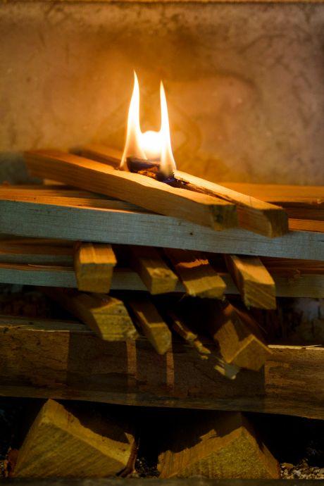Helmond in actie tegen overlast houtkachels; zelfs een stookverbod is mogelijk