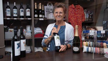 """Damesboetiek Kiki fashion verkoopt nu ook Spaanse wijn: """"Onze passie voor Spanje delen met de klanten"""""""