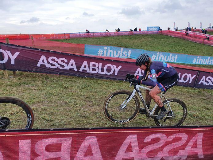 Sophie de Boer (Enschede) in actie tijdens de wereldbekerwedstrijd Hulst in Zeeuws-Vlaanderen.