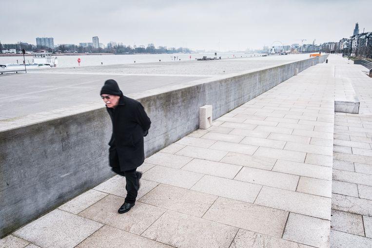 De vernieuwde Scheldekaaien in Antwerpen. Beeld Bob Van Mol