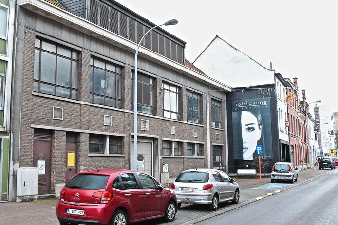 Het vroegere RTT-gebouw in de Kortrijkstraat.
