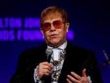 """Le cadeau très osé d'Ed Sheeran à Elton John: """"J'ai dû le cacher à mes fils"""""""