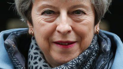 """May verdedigt gesprekken met Labour: """"Geen andere keuze"""""""
