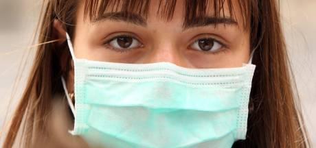 """Les masques en tissu interdits dans de nombreux hôpitaux: """"Ils ne sont pas assez lavés donc pas assez hygiéniques"""""""