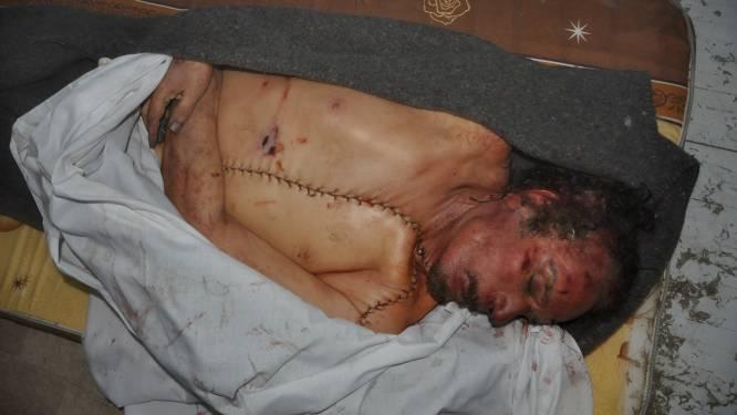 Kadhafi wordt op geheime plaats in de woestijn begraven