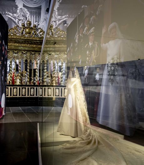 Trouwjurk koningin Máxima te zien in Amsterdam