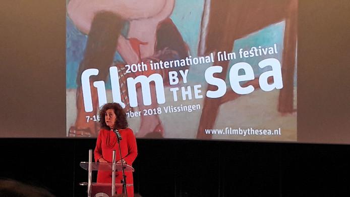 Minister Ingrid van Engelshoven opent het Ingmar Bergman-programma bij Film by the Sea.