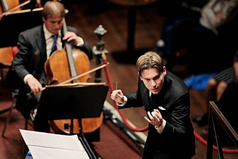 Klaus Mäkelä met het Concertgebouworkest. Beeld Milagro Elstak