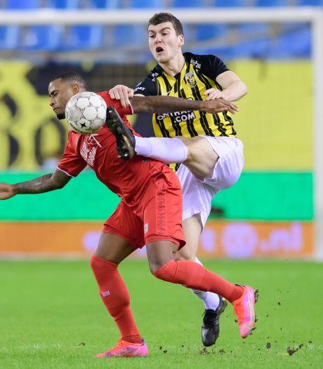 Vormdip zorgt voor raadsels bij Vitesse: 'We moeten allemaal in de spiegel kijken'