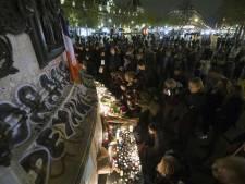 Teruglezen: wereld rouwt om Parijs