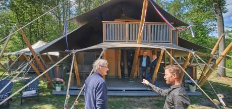 Haal jij je neus op voor de camping? Zo ziet kamperen 2.0 eruit, inclusief badkuip in de tent