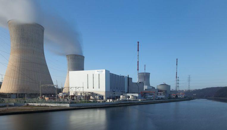 Kerncentrale Electrabel langs de Maas in Tihange. Beeld Photo News