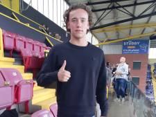 NAC neemt Rösler (19) definitief over van Manchester City: verdediger tekent voor drie jaar