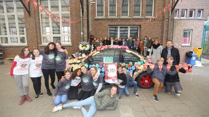 Leerlingen Sint-Angela zamelen 3.181 euro in voor Rode Neuzen Dag