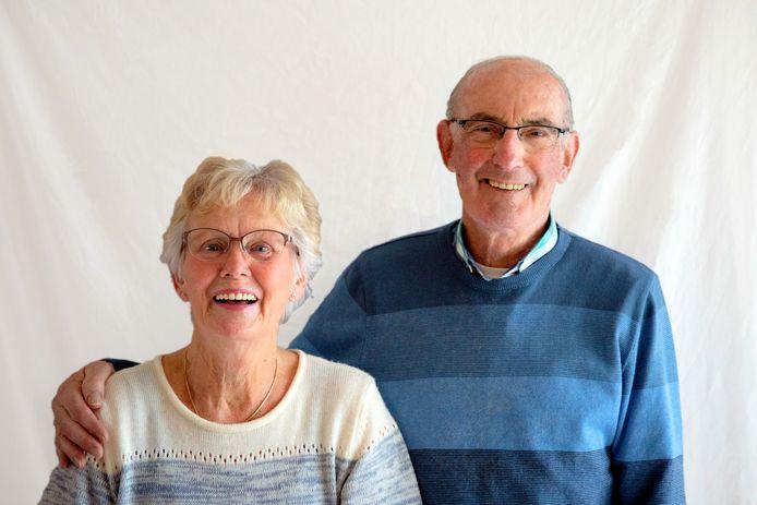 Jan en Aat Pieterse Hoogervorst tijdens hun zestigjarig huwelijk.