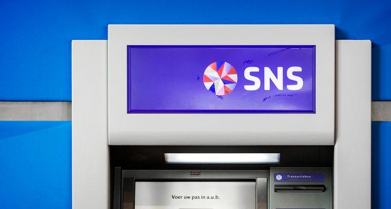 Een pinautomaat van de SNS bank. Beeld ANP