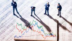 Effecten verhuizen? Banken rekenen stevig door