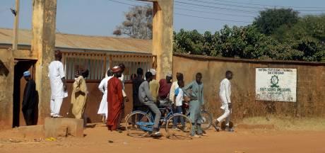 De afgrijselijke praktijken van Boko Haram: gehersenspoelde scholieren moeten vriendjes executeren