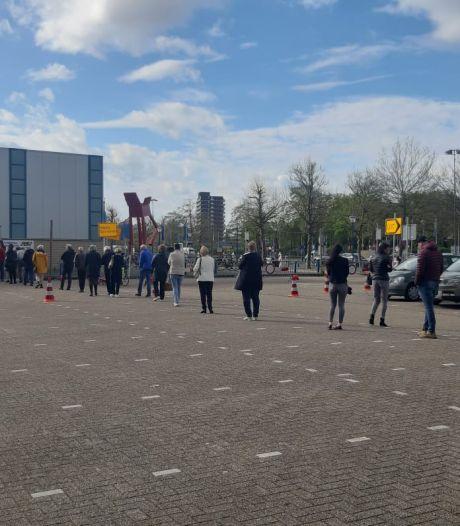 Stroomstoring rond IJsselhallen in Zwolle verholpen, vaccins zijn dankzij noodstroom niet aangetast