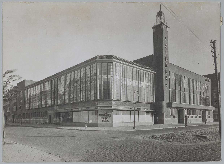De Sieberggarage in 1931.  Beeld Stadsarchief