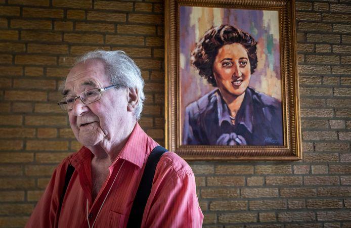 Marien van de Biggelaar startte 40 jaar geleden een goede doelenactie Cacomela samen met zijn vrouw. Nu is hij 93 en zijn vrouw is inmiddels overleden. Tijd om te stoppen met de actie.