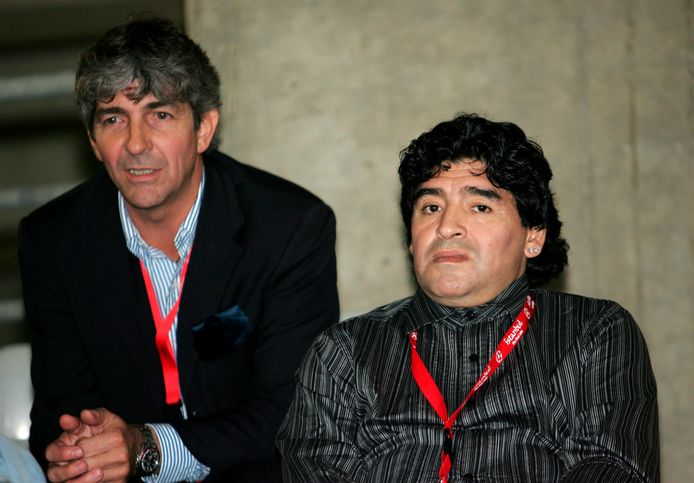 2005: Diego Maradona, eind vorige maand overleden, en Paolo Rossi.