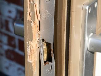 Inbrekers forceren deur
