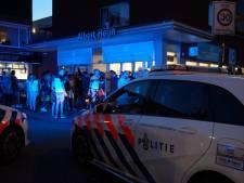 Naakte man zwaait met mes, bedreigt voorbijgangers en slaat politieagent Waalwijk: 'Ik steek je neer'